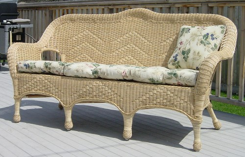 sofa cushion all about wicker wicker furniture and replacement cushions. Black Bedroom Furniture Sets. Home Design Ideas