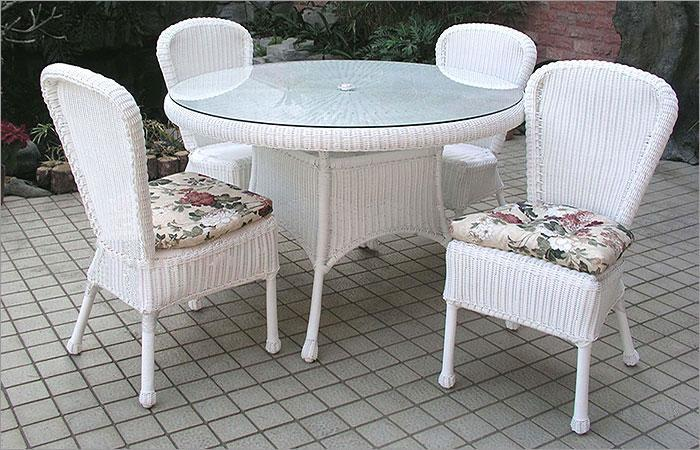 Superb Outdoor Wicker 5 Piece Bistro Dining Set 1