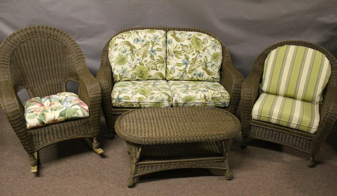 St Thomas 4 Piece Wicker Seating Set with Rocker
