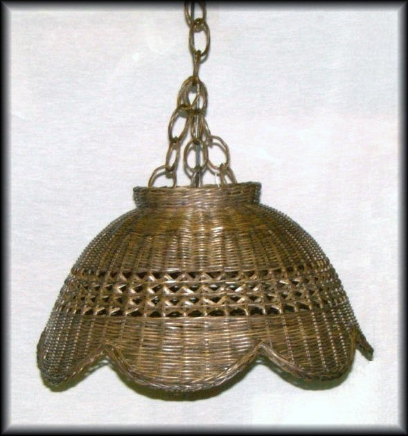 Scallop Wicker Hanging Swag Lamp