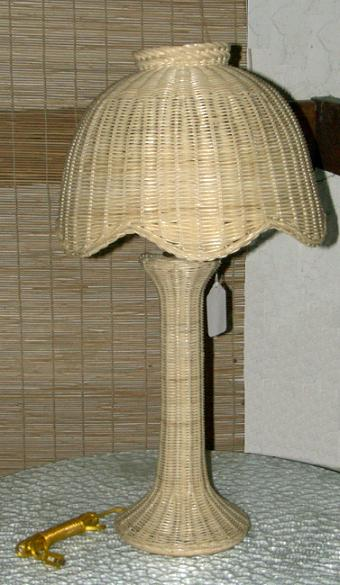Tulip Style Large Wicker Table Lamp All About Wicker