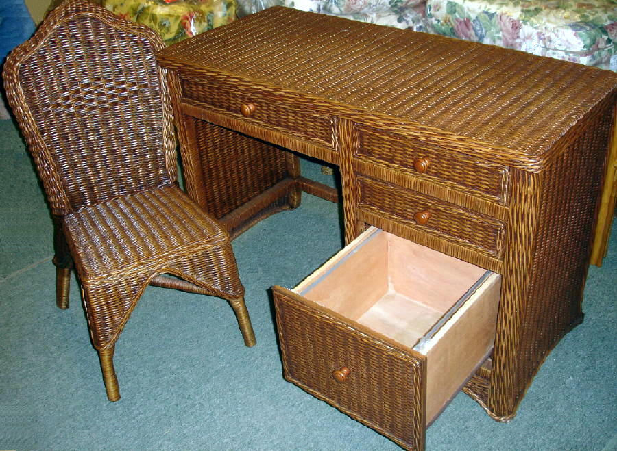 Floine Wicker Desk And Chair 1095 Dk Dc Jaetees