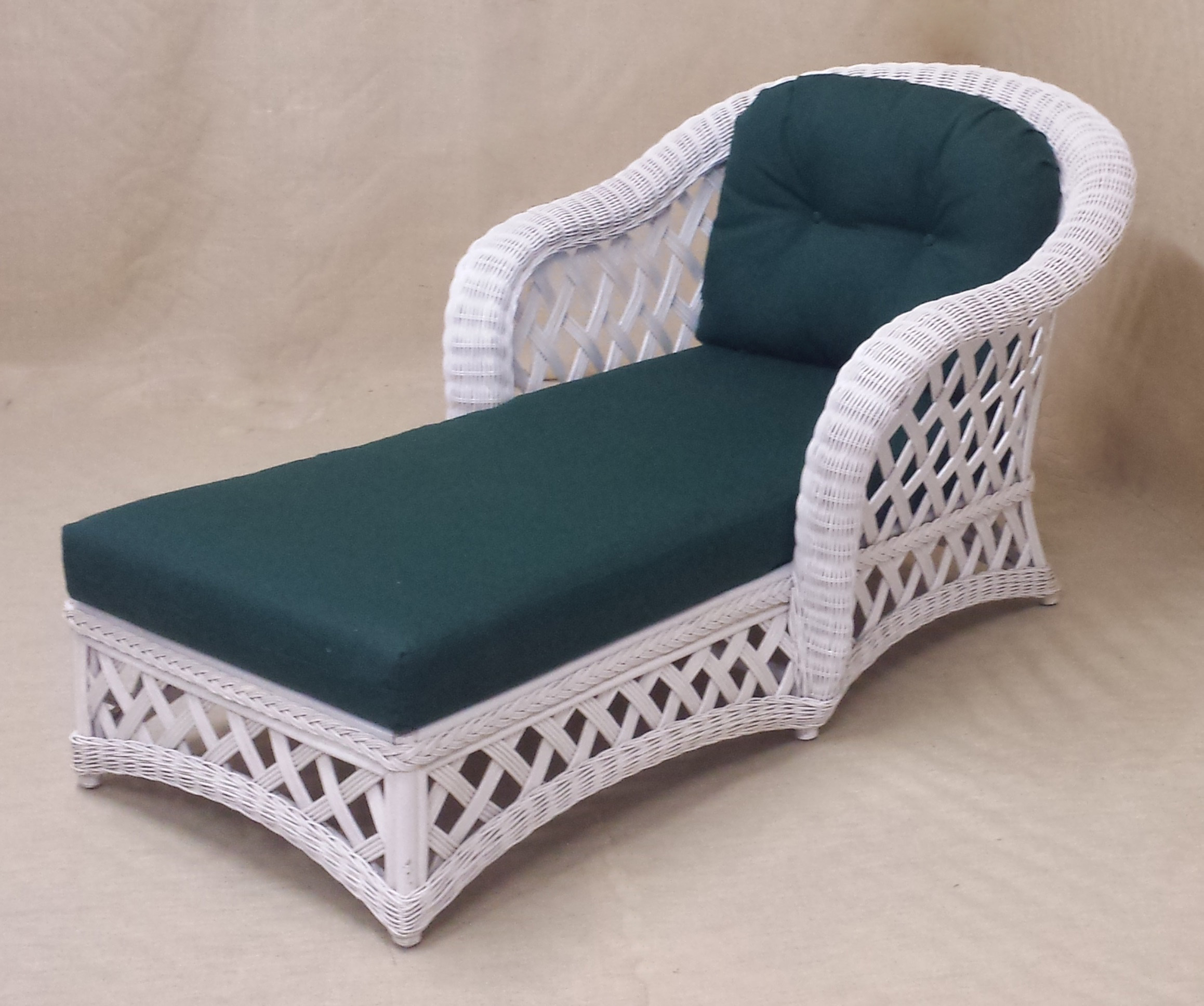 Natural Wicker Chaise Lounge