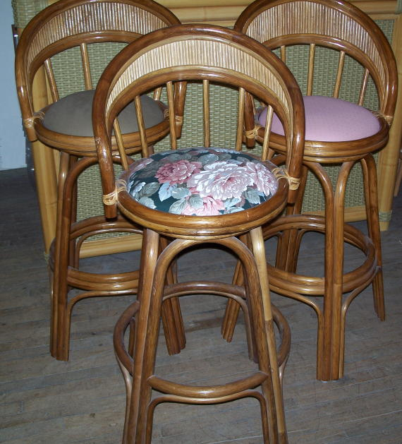 Rattan Swivel Bar Stool