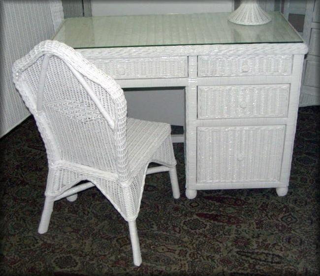 Hampton Bay Wicker Desk And Chair Set 1