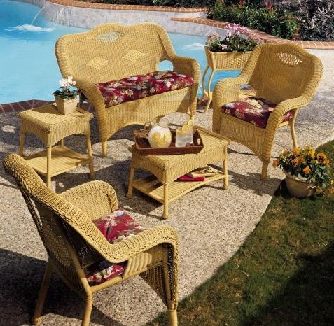 Superior Savannah 4 Piece Wicker Furniture Set 2