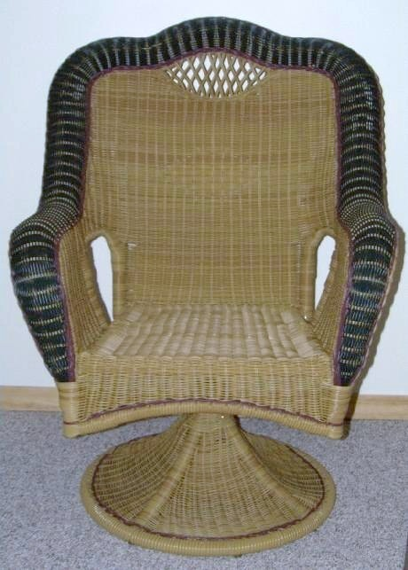 Savannah Outdoor All-weather Wicker Swivel Chair